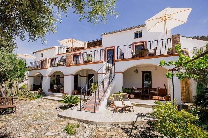 Ground Floor Studio Apartment in Lakeside Andalusian Finca - Image 1 - Antequera - rentals