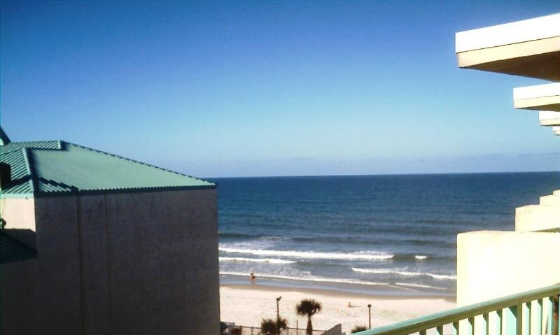 View From Balcony - OCEAN VIEW STUDIO AT THE WORLD'S MOST FAMOUS BEACH - Daytona Beach - rentals