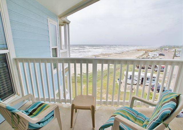 """A Sunny Seahorse"" This great beachfront condo has 2 gulf view balconies! - Image 1 - Galveston - rentals"
