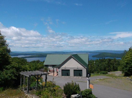 #207 - 180 degree sunset views of Moosehead Lake & mountains - Image 1 - Greenville - rentals