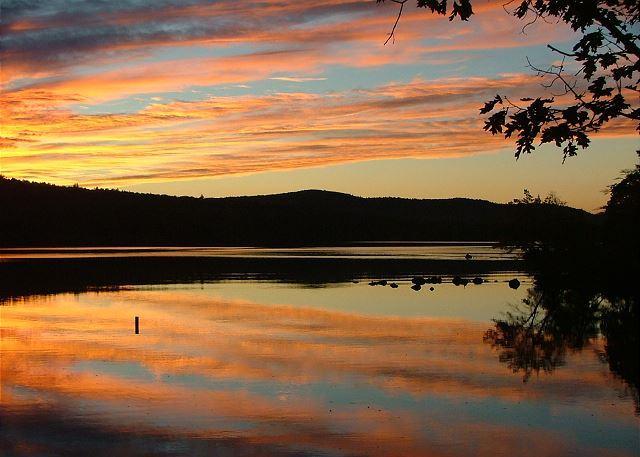Charming Lake Waukewan Waterfront (ROS23W) - Image 1 - Meredith - rentals