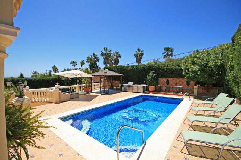 4 bed villa, El Faro - 1737 - Image 1 - Mijas - rentals