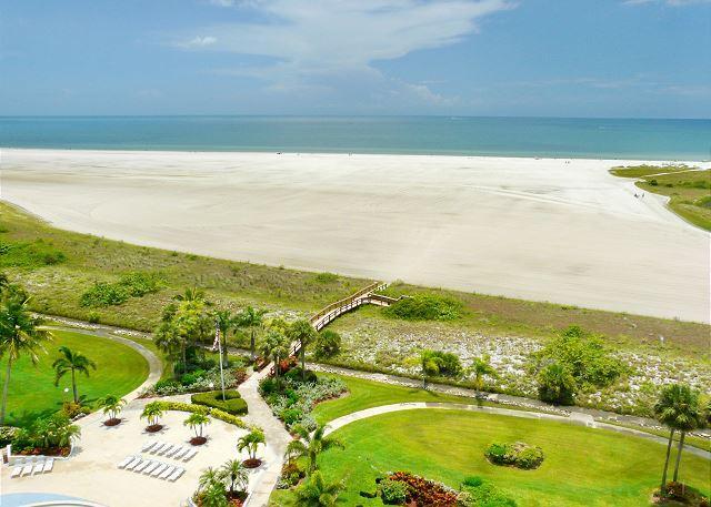 Eye-catching beachfront condo w/ heated pool & spellbinding ocean views - Image 1 - Marco Island - rentals