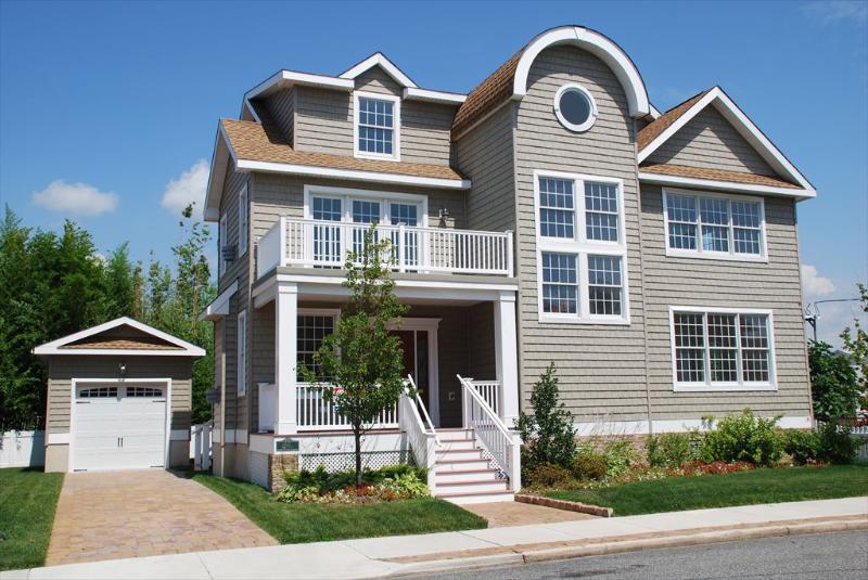 742 Simpson Avenue 105870 - Image 1 - Ocean City - rentals