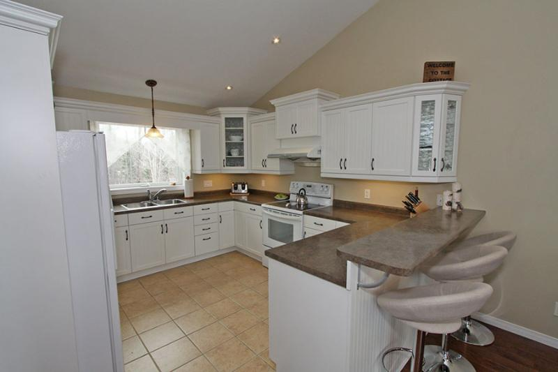 Luxury Retreat cottage (#949) - Image 1 - Parry Sound - rentals