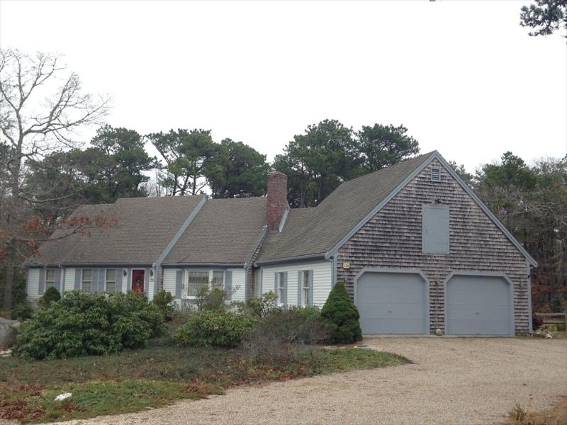 Front of House - 136 Highland Moors Drive 124224 - Brewster - rentals