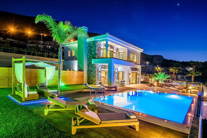 Luxurious villa with private pool in Crete - Image 1 - Hersonissos - rentals