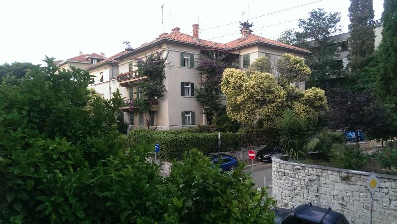 house - 35626 SA1(2) - Split - Split - rentals