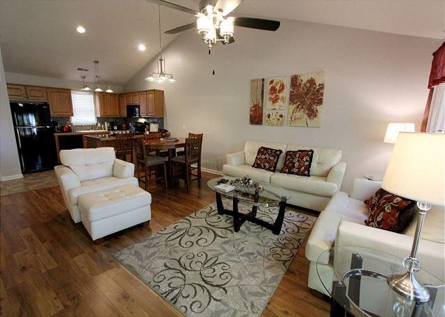 Living Room - Heavenly Hideaway- 2 Bedroom, 2.5 Bath, Stonebridge Resort Condo - Branson West - rentals