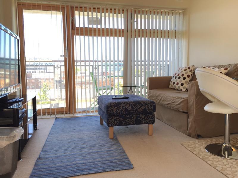 Bristol City Centre Apartment - Image 1 - Bristol - rentals