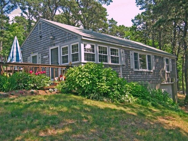 Whispering Pines - Cottage 13 126193 - Image 1 - Eastham - rentals