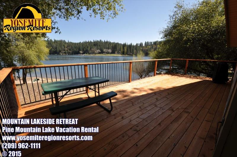 Back deck, Pine Mountain Lake vacation rental at the lake and beach. - Lakefront @ Dunn Court Beach WIFI 25mile> Yosemite - Groveland - rentals