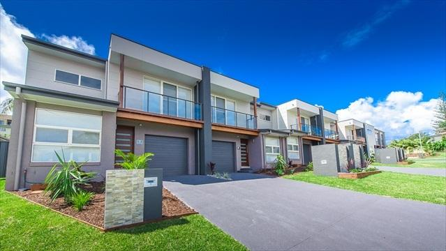 Executive Townhouse - Escape at Nobbys - Executive Townhouses - Port Macquarie - rentals