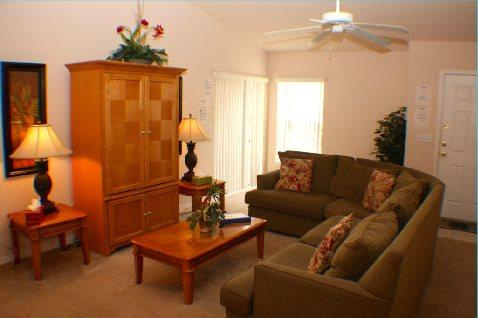 Fabulous 3 Bedroom Pool Home With South Facing Pool. 297BJW - Image 1 - Orlando - rentals
