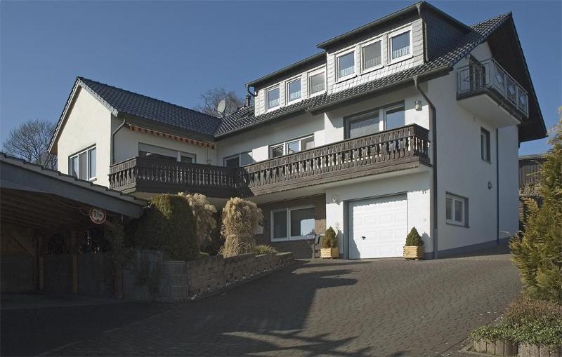 LLAG Luxury Vacation Apartment in Warstein - 106013 sqft, Infrared cabin, WiFi (# 2540) #2540 - LLAG Luxury Vacation Apartment in Warstein - 106013 sqft, Infrared cabin, WiFi (# 2540) - Warstein - rentals