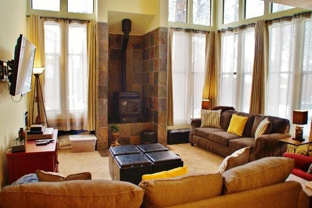 Beautifully upgraded, light filled St. Moritz Villa - Listing #325 - Image 1 - Mammoth Lakes - rentals