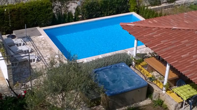 LUTON apartment, sea view, heated pool and jaccuzi - Image 1 - Zadar - rentals
