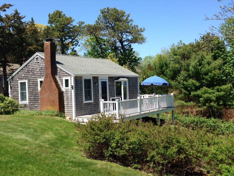 Side of Cottage - 4D Seaview Rd 123714 - Orleans - rentals