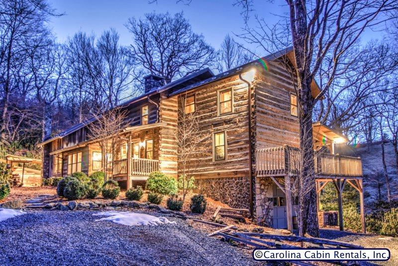 Rustic & Unique! Expansive 5BR/4BA Cabin on Private, Wooded Acreage Only Minutes to Blowing Rock! Hot Tub, Game Room, Firepit, Indoor & Outdoor Fireplaces! - Image 1 - Boone - rentals