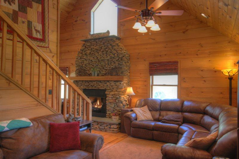 Sleeps 9, Two King Master Suites, Creek, Cathedral Ceilings, Stacked River Rock Fireplace, Fire Pit, 3 Flat Screen TVs - Image 1 - Boone - rentals