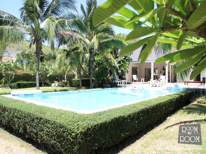 Villas for rent in Hua Hin: V5072 - Image 1 - Hua Hin - rentals