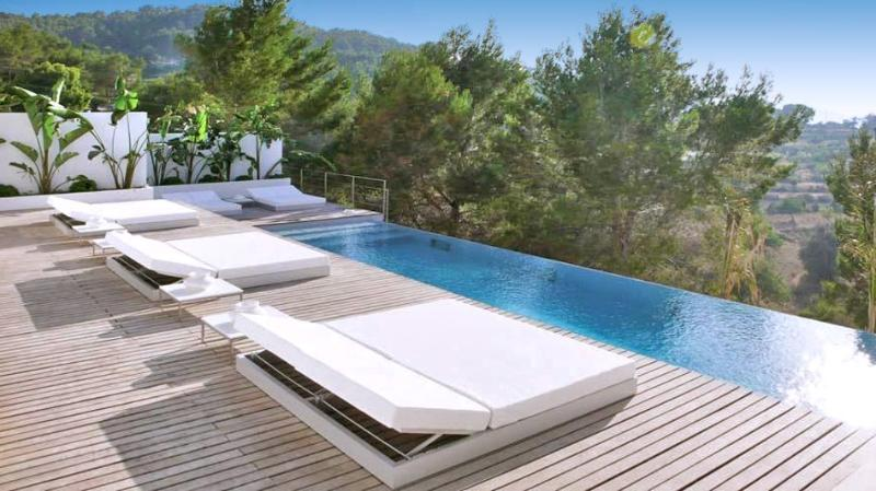 Villa El Salto - Image 1 - Canor - rentals