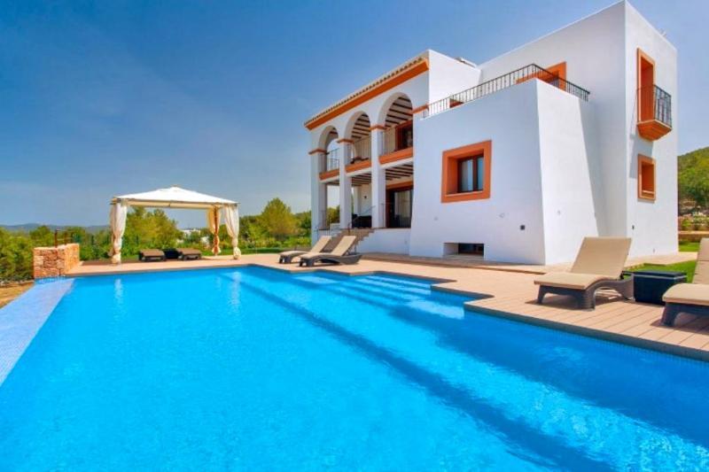 Villa Bronceado - Image 1 - Canor - rentals