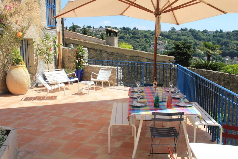 le coin bleu sunny terrace - Ideal Family Home Beside Pretty Medieval Village - Cagnes-sur-Mer - rentals
