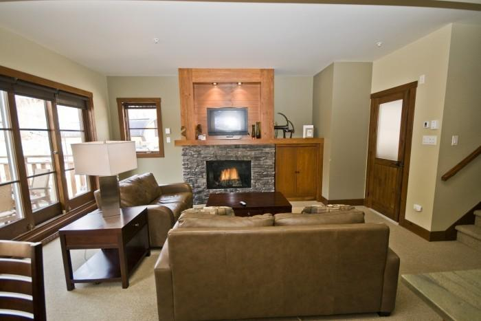 House with 3 Bedroom, 3 Bathroom in Mont Tremblant (Etoile du Matin | 1520-11) - Image 1 - Mont Tremblant - rentals