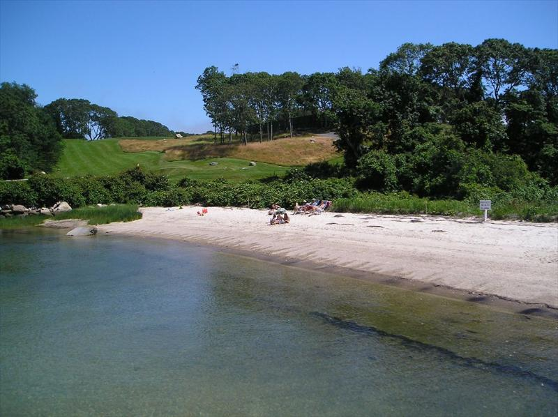 Private Beach assoc next to Woods Hole Golf Course - WOODS HOLE, PRIVATE BEACH, SLEEPS 10! 126237 - Woods Hole - rentals