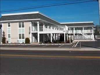 Broadway Beach Unit 4 126225 - Image 1 - Cape May - rentals