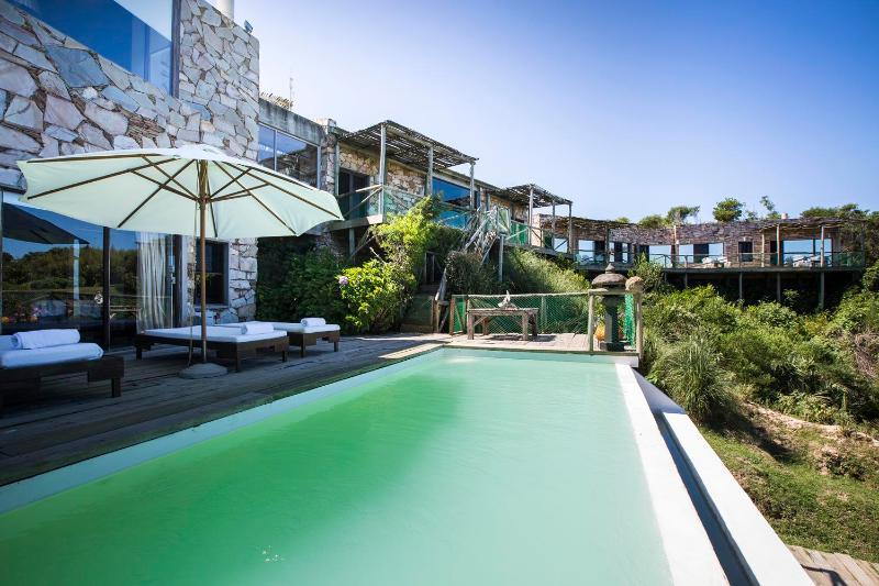 Outstanding Cliffside Home in La Boyita - Image 1 - Manantiales - rentals