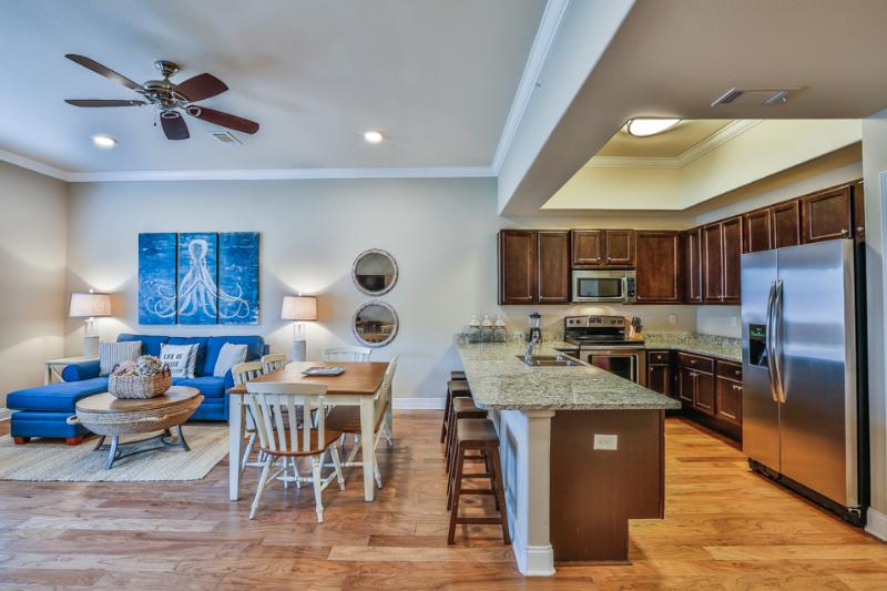 Kitchen and living area view - ALERIO C103 - Miramar Beach - rentals