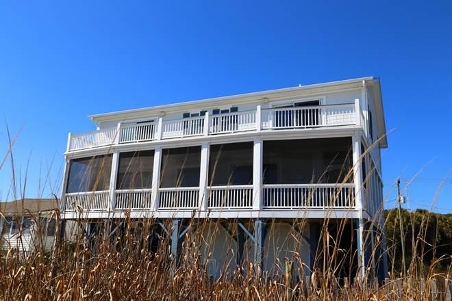 "614 Palmetto Blvd. - ""Blue Crab Inn"" - Image 1 - Edisto Island - rentals"