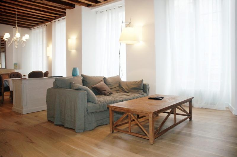 1-BRNRDIN-sl.jpg - BERNARDINS - Paris - rentals