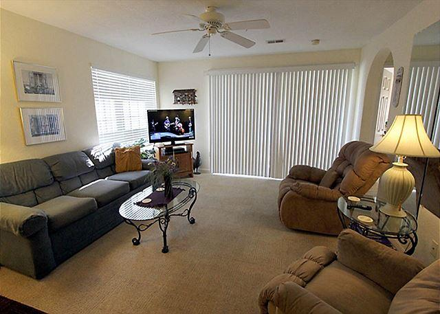 Living Room - Take A Holiday- 2 Bedroom, 2 Bath, Golf View Condo - Branson - rentals
