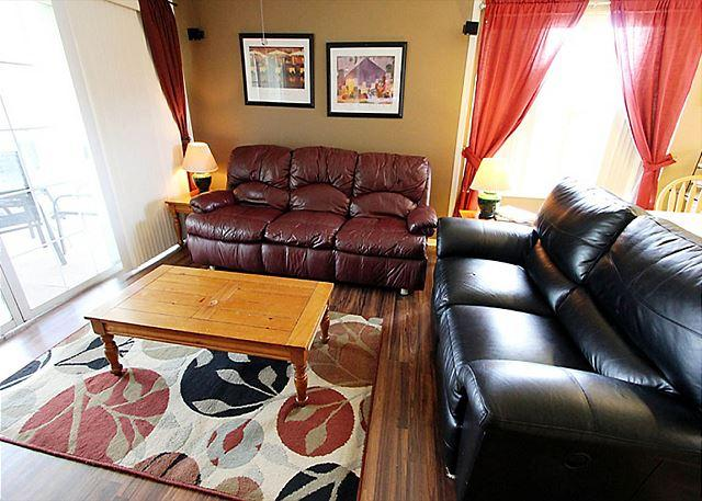 Living Room - Fort Taneycomo-Updated 2 bedroom 2 bath condo located at Fall Creek Resort - Branson - rentals