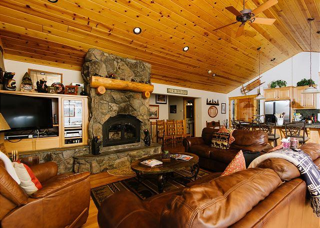 Fawn - Family 5 BR Lakeview w/ Hot Tub & Pool Table! Sleeps 14! From $450/nt - Image 1 - Tahoe Vista - rentals