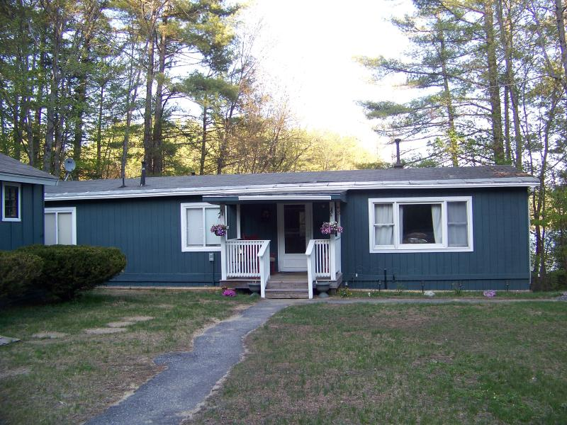 Front view of house... pond is in the rear. - Serenity awaits you Pond Side near Mt. Monadnock - Fitzwilliam - rentals