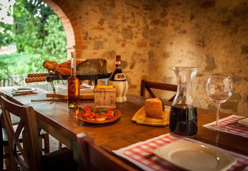 Mandorlo - Tuscan Vacation Rental at Castelletto - Image 1 - Sinalunga - rentals