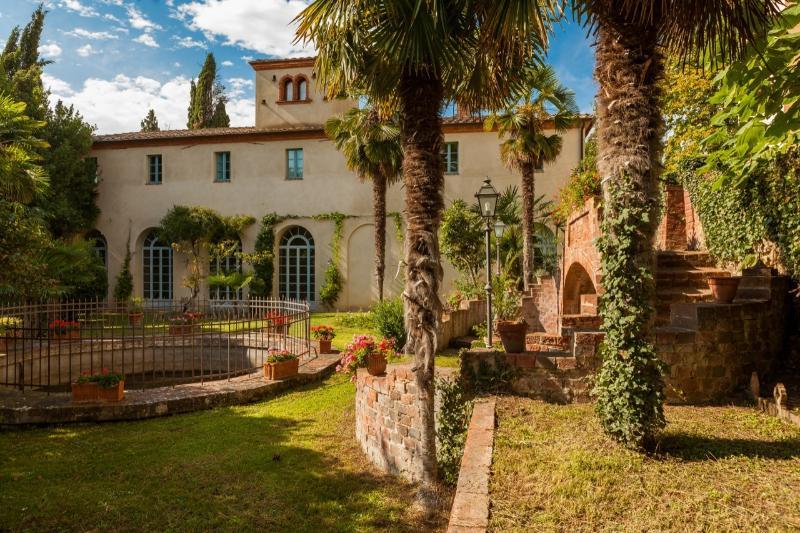Villa Dei Limoni - Vacation Rental in Tuscany - Image 1 - Sinalunga - rentals