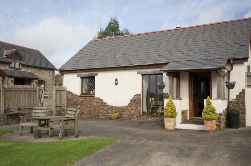 Timberway, Barnaway located in Okehampton, Devon - Image 1 - Okehampton - rentals
