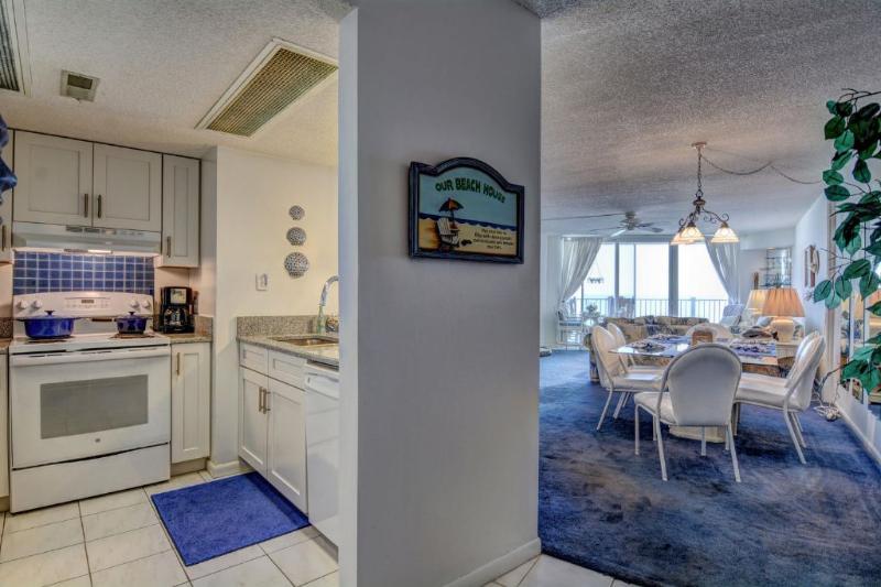 Entrance - 3508 St. Regis Resort - North Topsail Beach - rentals
