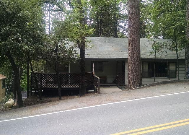 Exterior - Great home- near downtown & lake, handicapped accessible, pets ok, internet - Twain Harte - rentals