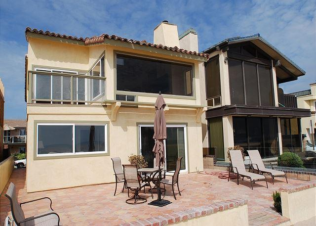 Fantastic Oceanfront Home! (68102).  MONTHLY ONLY! - Image 1 - Newport Beach - rentals