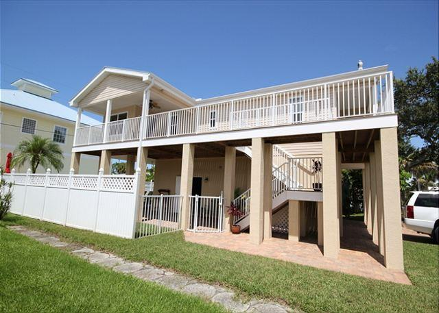 131 Pearl Street - Image 1 - Fort Myers Beach - rentals