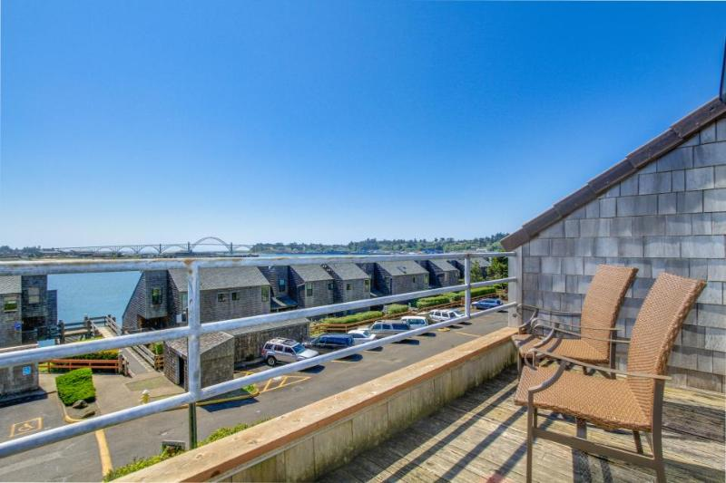 Lovely waterfront condo w/ hot tub, pool, sauna, crab dock - dogs OK! - Image 1 - Newport - rentals