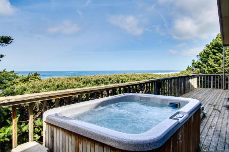 Stunning oceanfront home w/private hot tub and space for 10! - Image 1 - South Beach - rentals