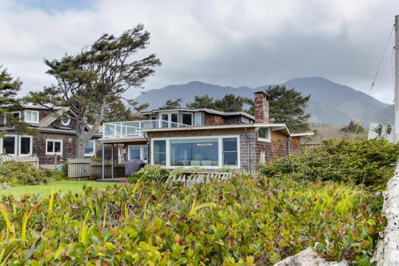 Dog-friendly, oceanfront home in Arch Cape w/ views, room for 8! - Image 1 - Arch Cape - rentals