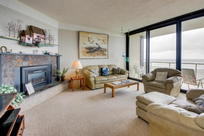 Dog-friendly, oceanfront condo with shared pool - on the beach - Image 1 - Seaside - rentals